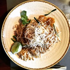 Busaba Eathai: Restaurant Review