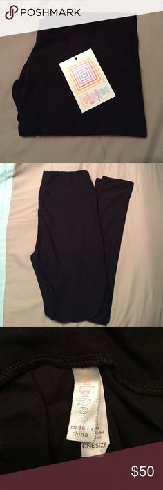 LLR Black OS Lularoe solid black one size leggings! Never worn, no tags but still rolled up. Very hard to find! LuLaRoe Pants Leggings