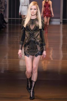 c0be383278a7 Versace Fall 2014 Ready-to-Wear Collection - Vogue Джанни Версаче, Atelier  Versace