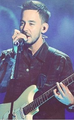 Mike Shinoda (so suave!) - Linkin Park