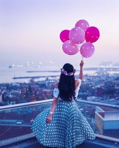 balon balon indah colorful balloons - my ely Stylish Girl Pic, Cute Girl Photo, Girl Photo Poses, Girl Photos, Balloons Photography, Girl Photography Poses, Amazing Photography, Dps For Girls, Quinceanera Photography