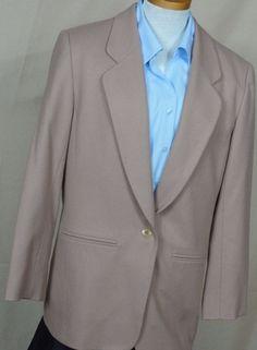 Pendleton Women's Tan VTG Wool Blazer, Size 10 Fully lined, #Pendleton #Blazer