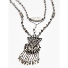 Free People Jay Bead Pendant (120 BRL) ❤ liked on Polyvore featuring jewelry, beaded jewelry, fringe jewelry, free people jewelry, bead pendant and pendant jewelry
