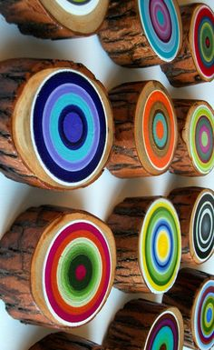 Reserved Listing Tree Ring Set of 12 Customize your colors Rustic Wood Vibrant Dimensional Unique Wall Decor - Dekoration Idees Wood Crafts, Diy And Crafts, Arts And Crafts, Unique Wall Decor, Wall Art Decor, Graffiti Kunst, Kandinsky, Painting On Wood, Circle Painting