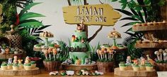 wood grain cookies 60th Birthday Theme, Mickey Birthday, Birthday Celebration, Birthday Ideas, Jungle Theme Parties, Jungle Party, Safari Party, African Theme, James 1