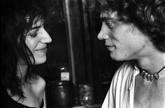 Robert Mapplethorpe and Patti Smith. And he wears the necklace she made for him.