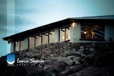 Hotel de Sal Luna Salada. Las mejores vistas de atardeceres del majestuoso Salar de Uyuni.