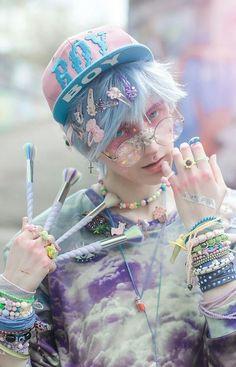 Ideas For Hair Ideas Pink Pastel Goth Vêtements Goth Pastel, Estilo Goth Pastel, Pastel Goth Makeup, Pastel Goth Fashion, Pastel Hair, Kawaii Fashion, Grunge Fashion, Cute Fashion, Pastel Grunge