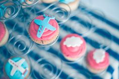 Airplane vintage party...cupcakes