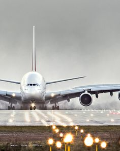 http://www.emirates.com/fr/french/flying/our_fleet/emirates_a380/emirates_a380.aspx