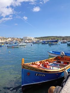 Wandering around the colourful and traditional fishing village of Marsaxlokk – Where in the World is Tosh