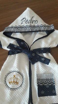 Roupão produzido em atoalhado de excelente qualidade e tricoline 100%algodão,com detalhes em bordado inglês,peça super macia e delicada.  *** veste de 0 a 3 anos,para outras idades consulte nos.