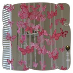 Create beautiful embroidered and free standing lace butterflies in four sizes. Machine Embroidery Projects, Machine Embroidery Applique, Applique Patterns, Applique Designs, Baby Embroidery, Butterfly Embroidery, Flower Applique, Embroidery Stitches, Embroidery Patterns
