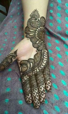 Easy Henna Pictures - Easy Henna Design Only Palm Pictures Gallery for Girl. best collection easy henna design images gallery that suitable for girlTikki Mehndi Designs For Eid ul Fitr you will get the latest and beautiful collections of Meh Henna Hand Designs, Mehndi Designs Finger, Peacock Mehndi Designs, Mehndi Designs Book, Mehndi Designs 2018, Modern Mehndi Designs, Mehndi Designs For Beginners, Mehndi Design Pictures, Mehndi Designs For Girls