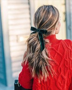 Jess Ann Kirby's balayage hair style for the holidays with a green velvet hair bow from J. Holiday Hairstyles, Ponytail Hairstyles, Pretty Hairstyles, Bow Ponytail, Perfect Hairstyle, Hairstyle Men, Funky Hairstyles, Formal Hairstyles, Wedding Hairstyles