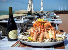 Restaurant le Clapotis à Le Havre / Sainte Adresse. PLATEAU DE FRUITS DE MER (2 personnes) 2 ½ tourteaux, 10 huîtres, 10 langoustines, bulots, bigorneaux, crevettes grises, 10 crevettes roses #fruitsdemer #seafood #lehavre #restaurant