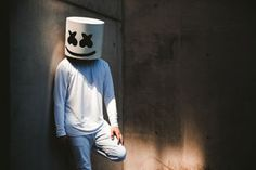 marshmello alone resolution hd wallpapers Marshmello Alone, Marshmello Dj, Phone Screen Wallpaper, Music Wallpaper, Graffiti Wallpaper, Wallpaper Desktop, Galaxy Wallpaper, Cartoon Wallpaper, Wallpaper Backgrounds