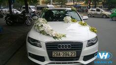 Bride's Cars : Bride's Cars : Picture Description Dịch vụ cho thuê xe cưới A. Wedding Car Decorations, Flower Decorations, Wedding Signs, Wedding Reception, Bridal Car, Indian Wedding Cards, Wedding Goals, Wedding Trends, Audi A4