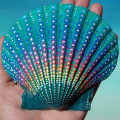 Dot Mandala Seashell