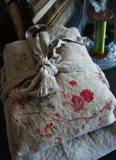 Love vintage rose fabrics like this!
