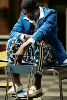 Stylish ideas on Africa fashion 954 Africa Fashion, African Inspired Fashion, African Men Fashion, African Women, Fashion Shoot, Men's Fashion, Bike Fashion, Cuba Fashion, Ankara Fashion