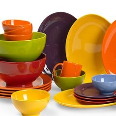 Waechtersbach Germany Effect Glaze: solid-color dinnerware, colorful plates, cups, bowls, and place settings.