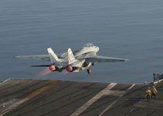 Grumman F-14 Tomcat take-off