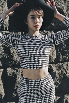 Alice wears the Houndstooth Mid-Length Pencil Skirt, Raglan Sweater & Wool Floppy Hat. #AmericanApparel