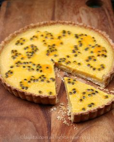 Easy recipe for passion fruit tart. A delicious homemade sweet tart with a creamy tangy passion fruit filling Passionfruit Tart, Passionfruit Recipes, Sweet Pie, Sweet Tarts, Just Desserts, Delicious Desserts, Yummy Food, Pie Dessert, Dessert Recipes