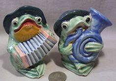 Vintage Frog Musicians S Shakers