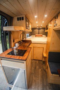Auto Camping, Van Camping, Van Conversion Interior, Camper Van Conversion Diy, Camper Life, Bus Life, Bus House, Tiny House, Build A Camper Van