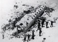 crash in Andes op 13 okt. 1972 / Homage to Andes plane crash survivors on Oct. 13, 1972