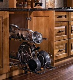 Storage for pots, pans & lids - can you get any more organized than this?
