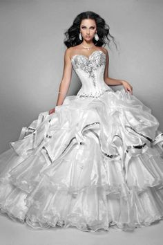 Black And White Corset Wedding Dresses - Black And White Quinceanera Dresses Lace Ball Gowns, Tulle Ball Gown, Ball Dresses, Bridal Dresses, Dresses 2014, White Quinceanera Dresses, Wedding Dress With Feathers, Quince Dresses, Wedding Dress Styles