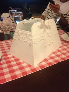 gazetelik Decoupage, Wedding Boxes, Painting On Wood, Packing, Diy Crafts, Box Bag, House, Home Decor, Furniture