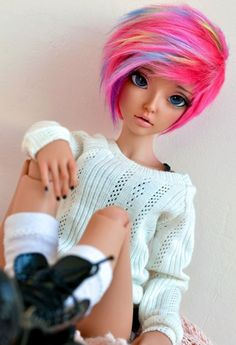 This is Jessie's sister Avery she is a Barbie doll that's inches so she's shorter than the average doll Custom Monster High Dolls, Custom Dolls, Beautiful Barbie Dolls, Pretty Dolls, Ooak Dolls, Blythe Dolls, Enchanted Doll, Pastel Goth Fashion, Kawaii Doll