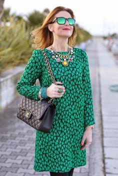 Mauro Grifoni green shift dress, Chanel 2.55 classic flap bag, Dolce & Gabbana Coco ankle boots, Fashion and Cookies fashion blog, fashion blogger italiana