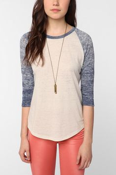Baseball Tee + Long Necklace + Skinny Jeans #colors