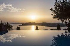 Mykonos Villa Aphrodite in dandy Agios Lazaros - HomeTality Mykonos Villas, Infinity Pools, Luxury Villa, Aphrodite, Dandy, Luxury Travel, Luxury Homes, Travel Inspiration, Travel Tips