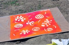 A great and easy craft for kids, groups, and events! Learn how to sun paint now!
