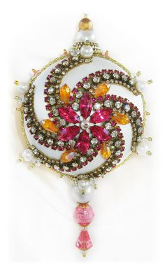Dazzling Christmas Ornament - Pink/Crystal/Pearl