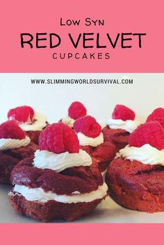 Low Syn Slimming World Recipe for red velvet cupcakes, made with quark icing and raspberries. Just syns each! Click the link below for the recipe. astuce recette minceur girl world world recipes world snacks Slimming World Fish Pie, Slimming World Brownies, Slimming World Cheesecake, Slimming World Sweets, Slimming World Puddings, Slimming World Recipes Syn Free, Slimming Eats, Slimming Word, Red Velvet Cupcakes