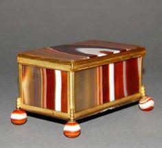 Scottish Agate Snuff Box