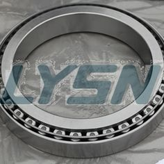 Full complement cylindrical roller bearings to withstand heavy loads and design. http://www.lysn-bearing.com/backing-bearing/backing-bearing.html
