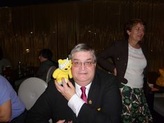 Rev. Andrew Wakefield, Chair of Merton Chamber of Commerce supports the Paul Strank Roofing Photothon with Pudsey! #pudseyphotothon #cin #pudsey
