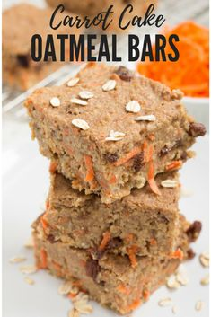 These Carrot Cake Oatmeal Bars make a perfect snack or addition to breakfast. Recipe via biteofhealthnutrition.com
