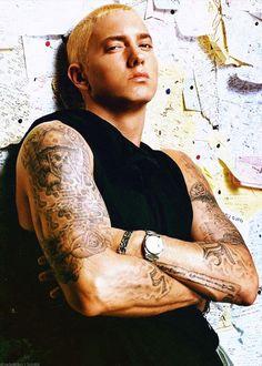I married this man Eminem D12, Eminem Tattoo, Eminem Funny, Marshall Eminem, Eminem Wallpapers, Eminem Photos, The Real Slim Shady, Eminem Slim Shady, Hip Hop World