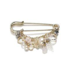 Kilt Pin Brooch Buy Kilt Pins: www. Safety Pin Crafts, Safety Pin Jewelry, Wire Jewelry, Jewelry Crafts, Jewelry Art, Beaded Jewelry, Vintage Jewelry, Handmade Jewelry, Jewelry Design