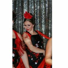 Como todos nuestros lunes @sandritanl la bailaora de la semana!! Bella foto, y olé 💃🏼💃🏼💃🏼#flamenkko #condoblekyolé #Bailaoradelasemana