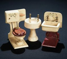 Rare Set of German Miniature Wooden Bathroom Accessories from FAO Schwarz 600/900 Auctions Online | Proxibid